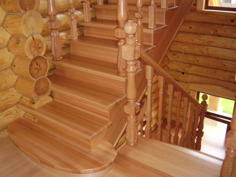 Деревянная лестница под ключ D 1001