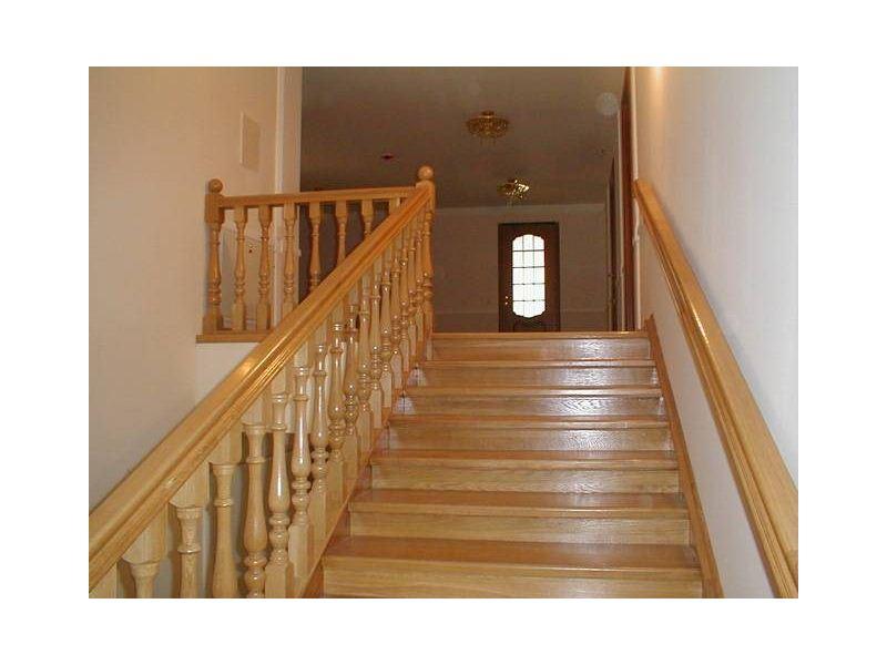 Деревянная лестница под ключ D 1006