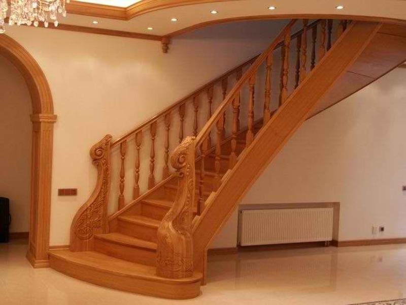 Деревянная лестница под ключ D 1011