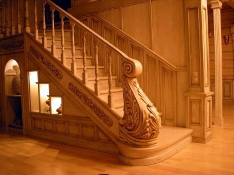 Деревянная лестница под ключ D 1027