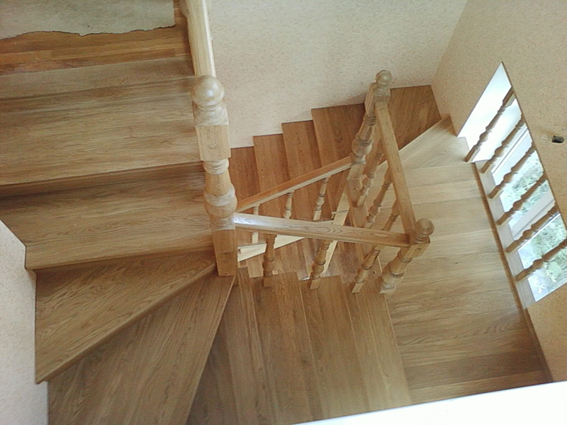 Деревянная лестница под ключ D 1029