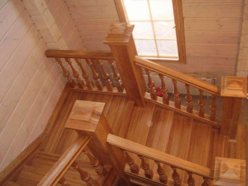 Деревянная лестница под ключ D 1034