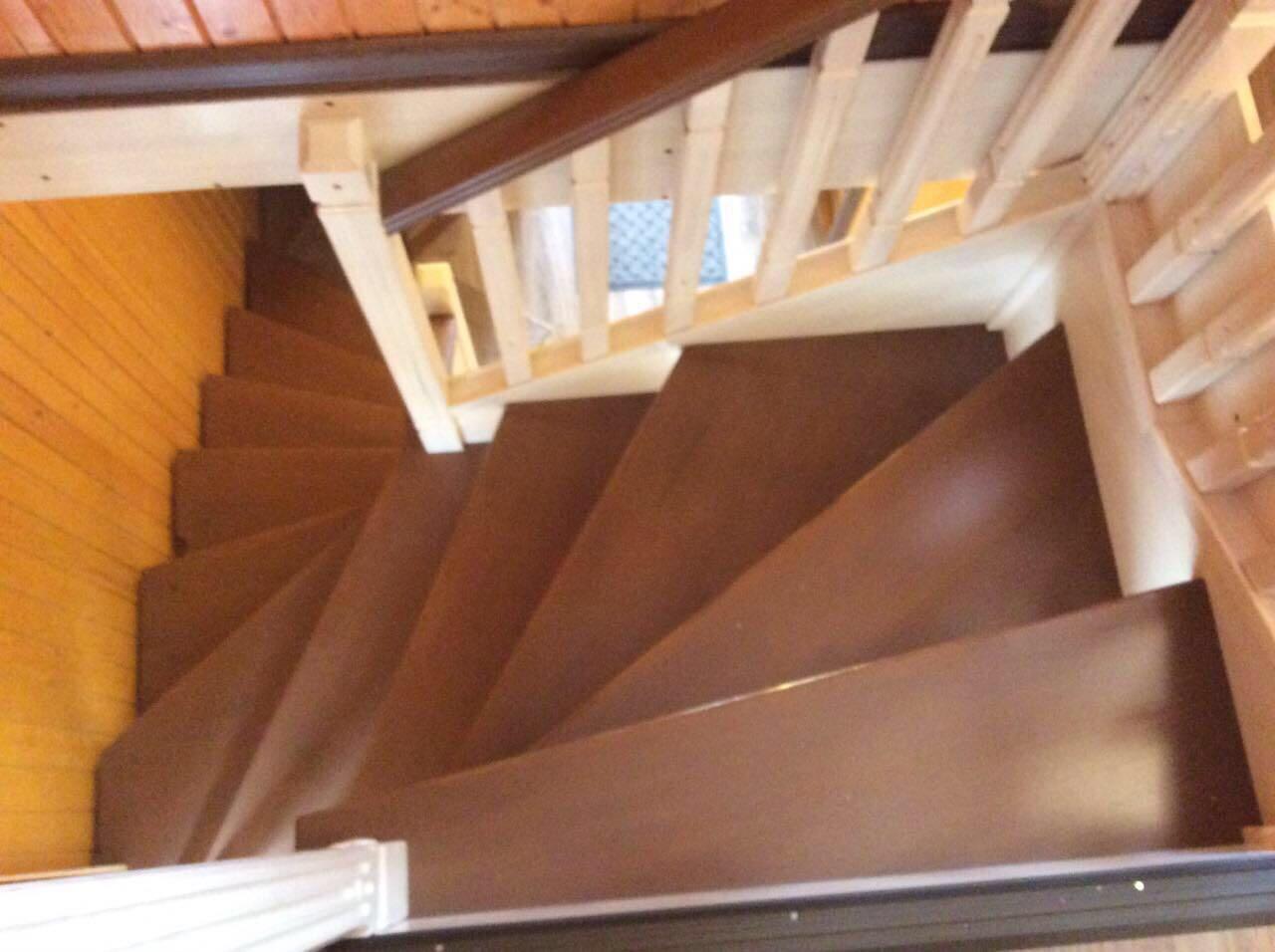 Деревянная лестница под ключ D 1035