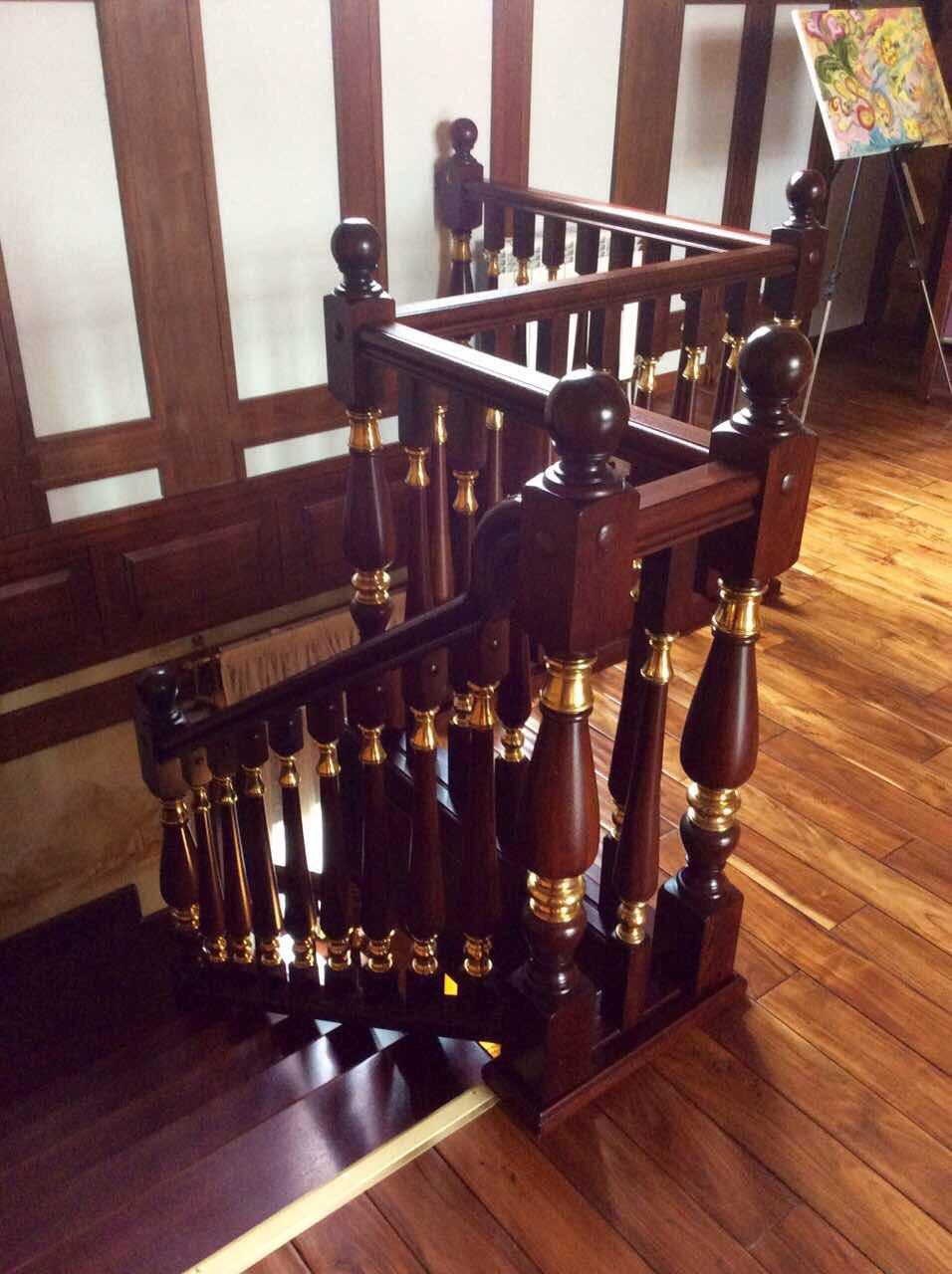 Деревянная лестница под ключ D 1041