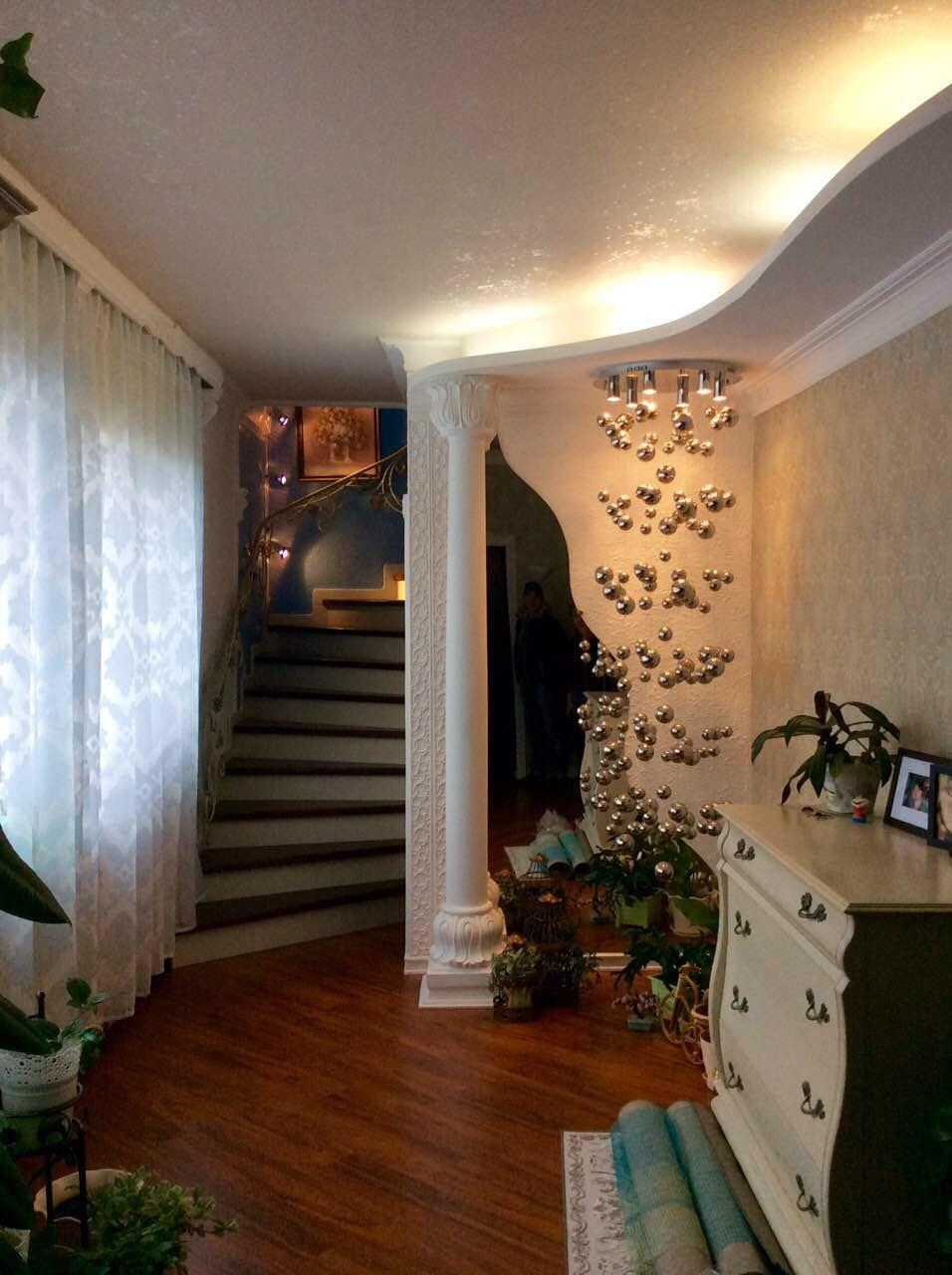 Деревянная лестница под ключ D 1042