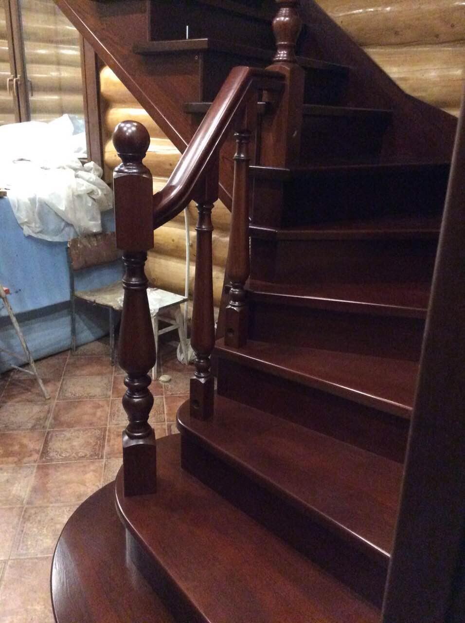 Деревянная лестница под ключ D 1043