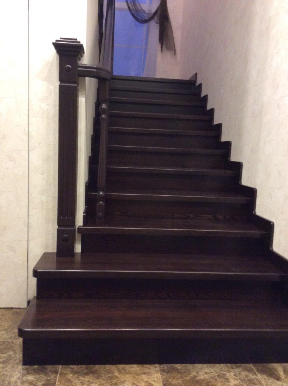 Деревянная лестница под ключ D 1047