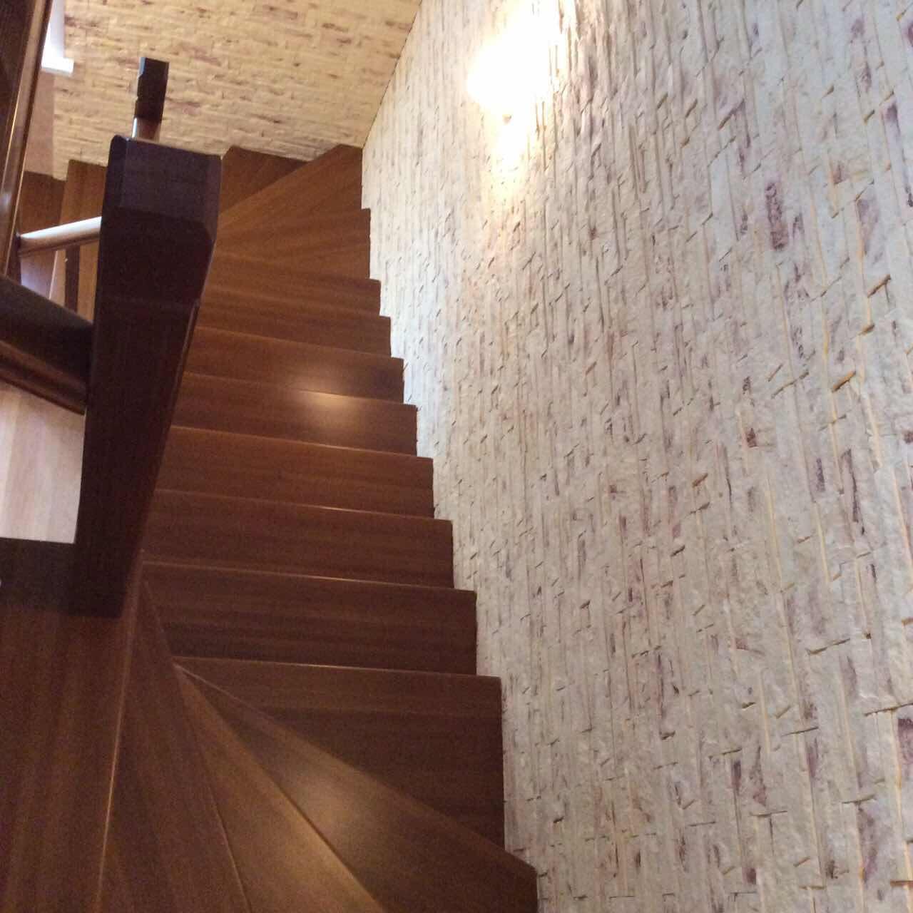 Деревянная лестница под ключ D 1052