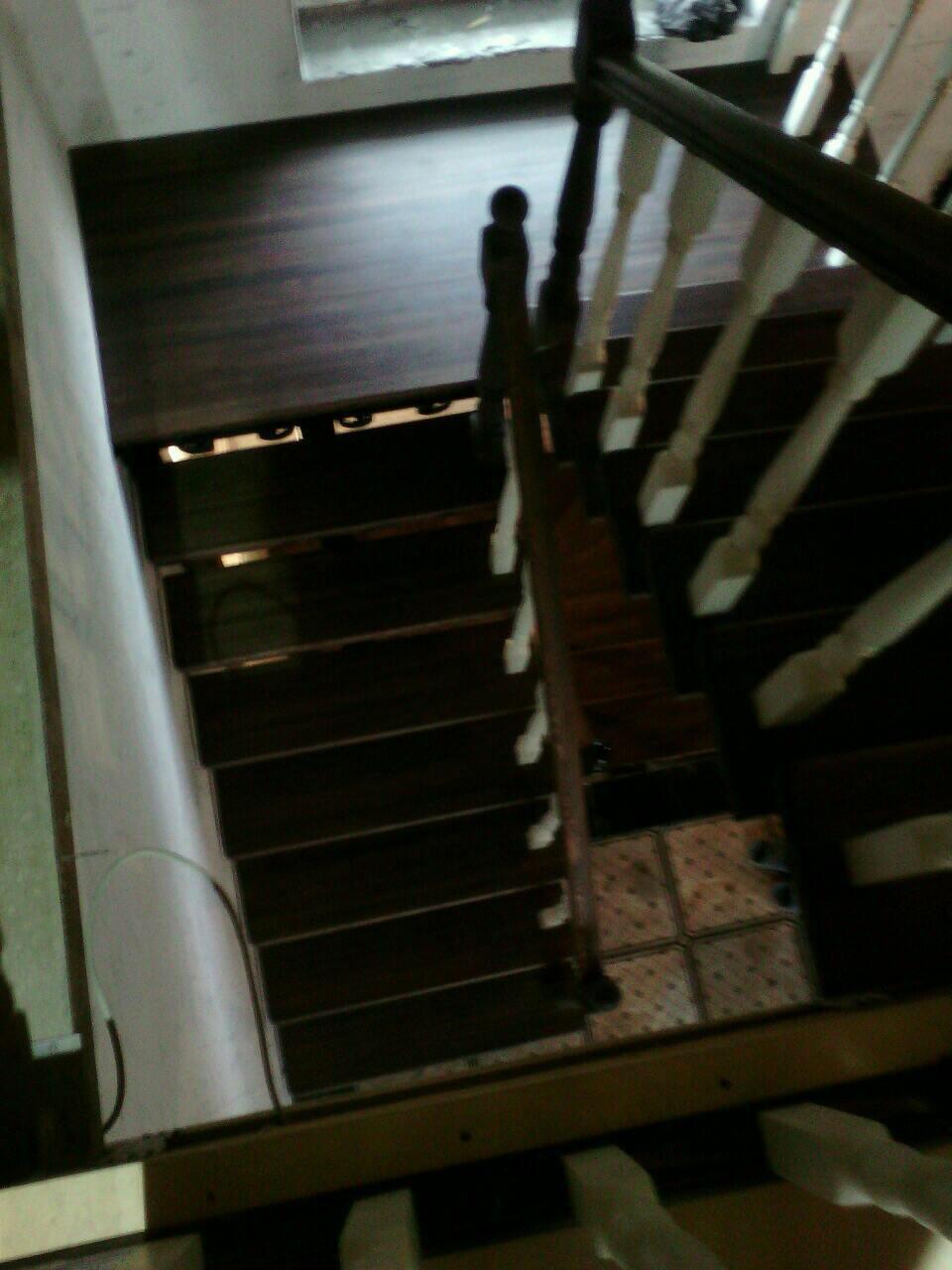 Деревянная лестница под ключ D 1053