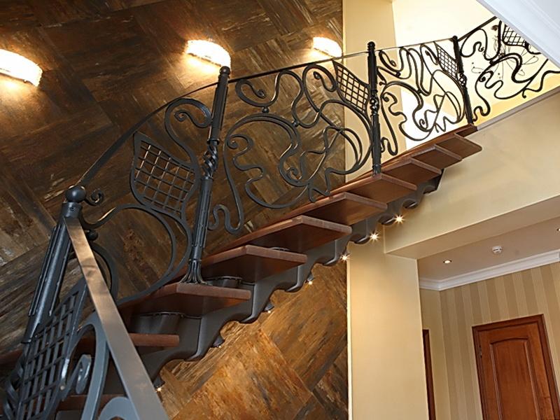 Кованая каркасная лестница N 3-4047