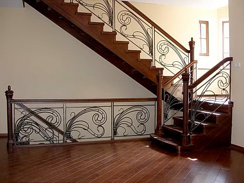 Кованая каркасная лестница N 3-4048