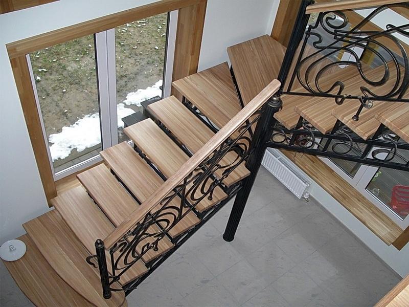 Кованая каркасная лестница N 3-4063