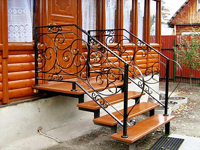 Кованая каркасная лестница N 3-4069
