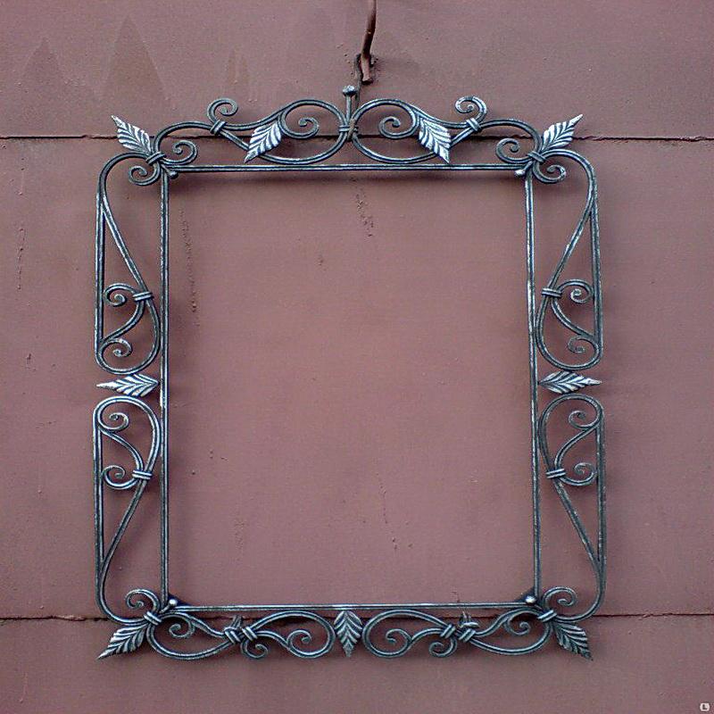 Кованое зеркало N 19026