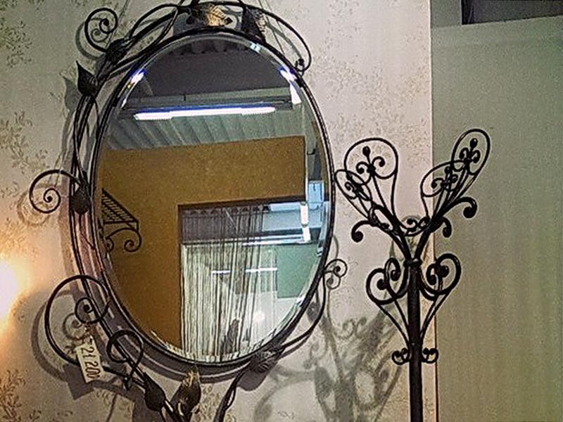 Кованое зеркало N 19031