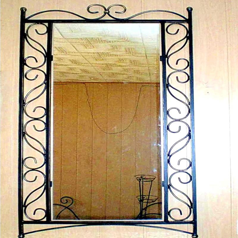 Кованое зеркало N 19052