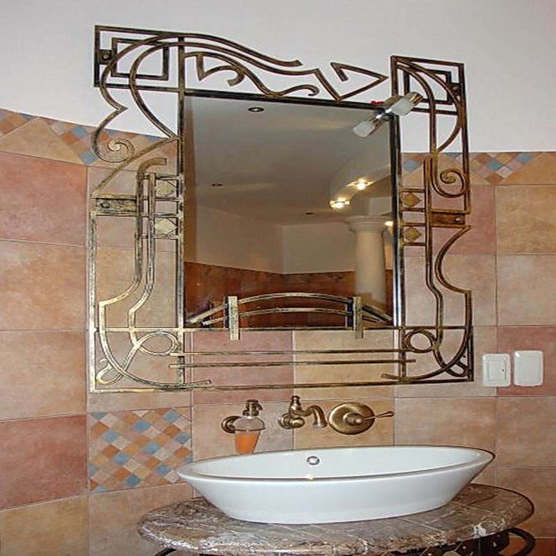 Кованое зеркало N 19055