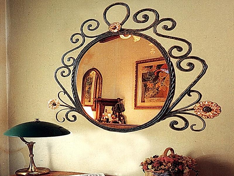 Кованое зеркало N 19075