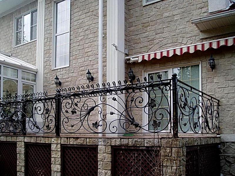 Кованые балконные ограждения N 4001
