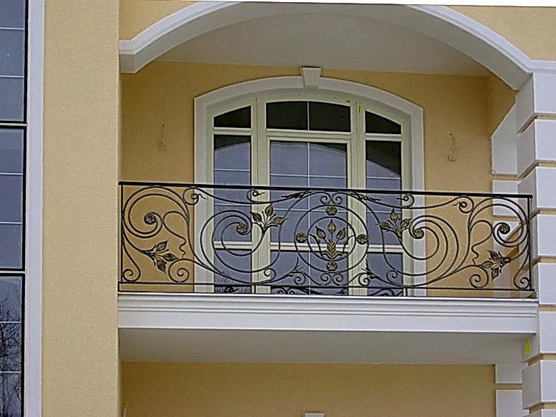 Кованые балконные ограждения N 4004