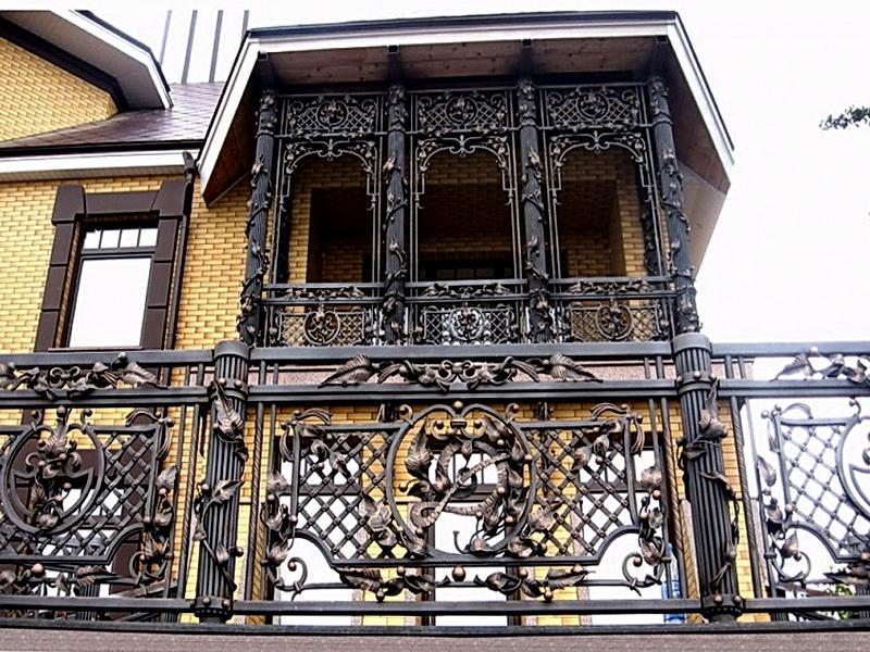 Кованые балконные ограждения N 4006