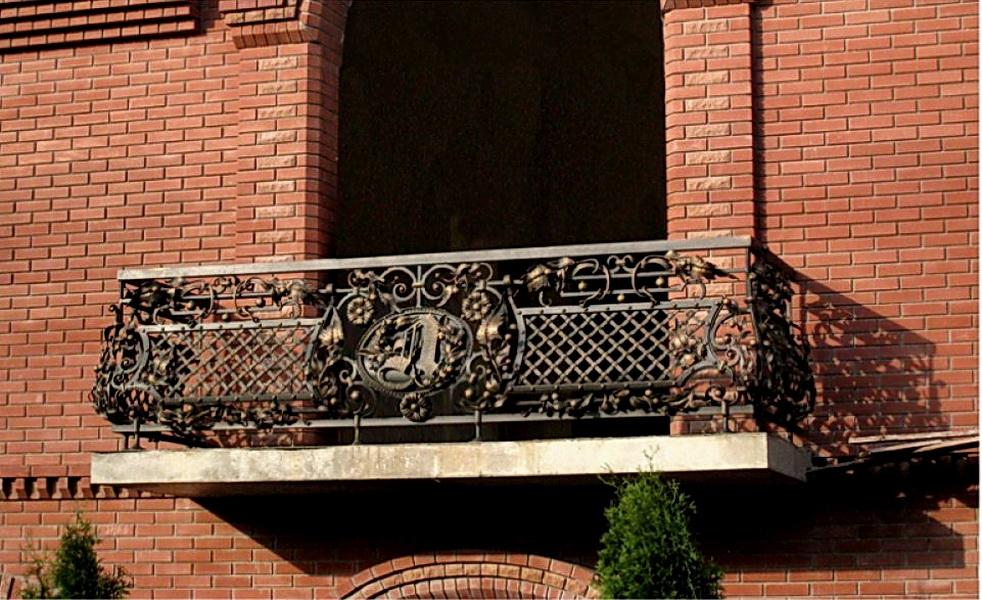 Кованые балконные ограждения N 4007