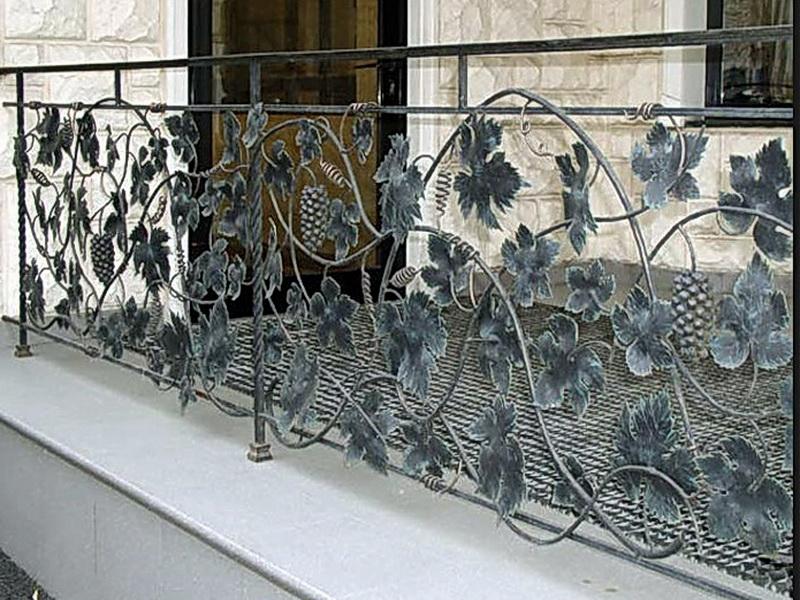 Кованые балконные ограждения N 4010