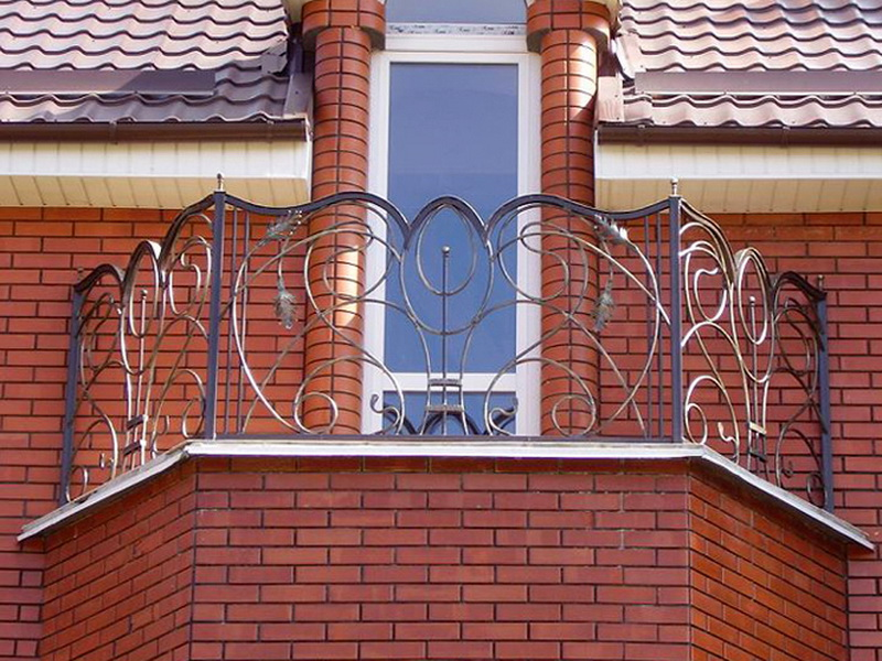 Кованые балконные ограждения N 4011
