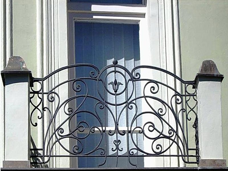 Кованые балконные ограждения N 4015