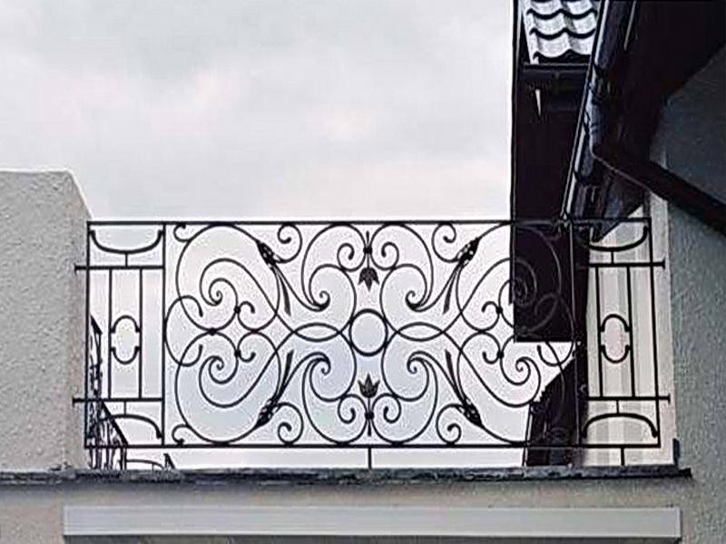Кованые балконные ограждения N 4016