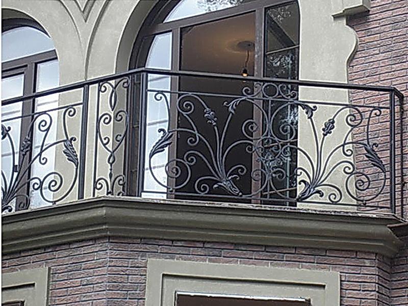 Кованые балконные ограждения N 4018
