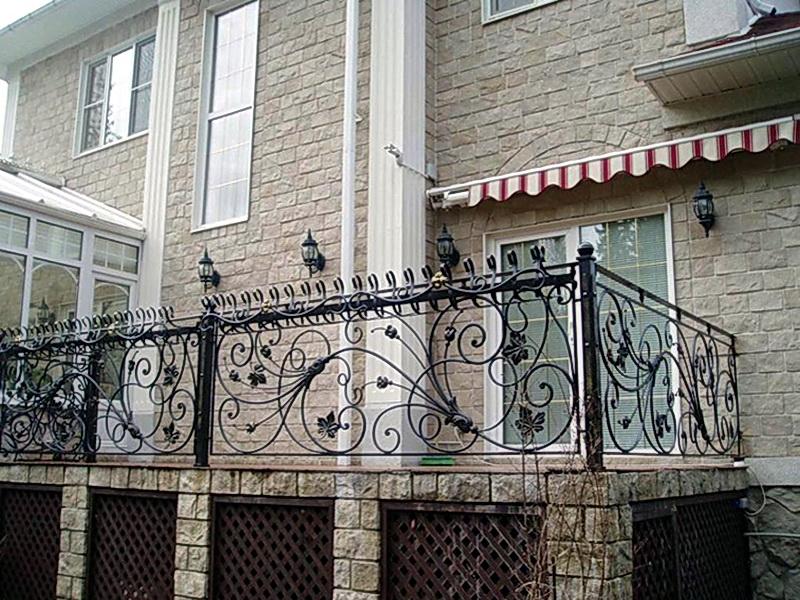 Кованые балконные ограждения N 4019
