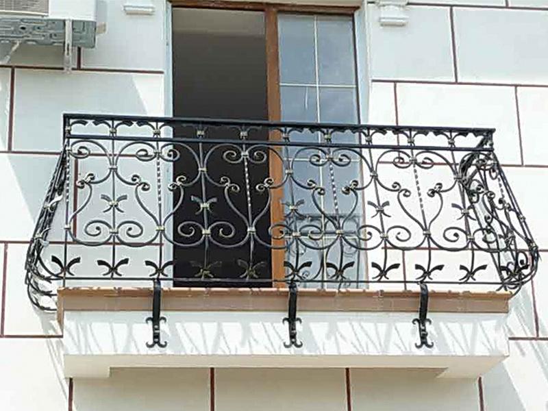 Кованые балконные ограждения N 4023