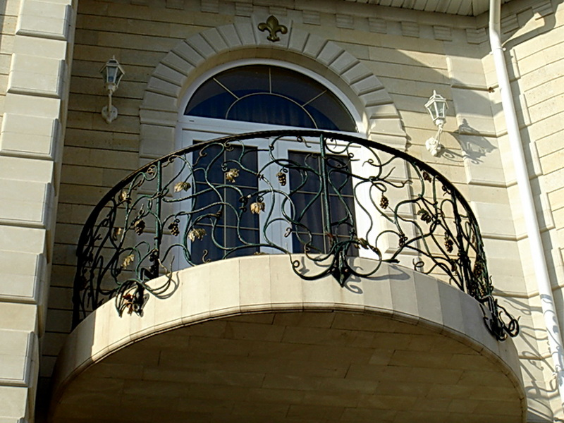 Кованые балконные ограждения N 4024