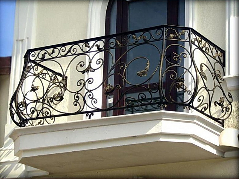 Кованые балконные ограждения N 4028