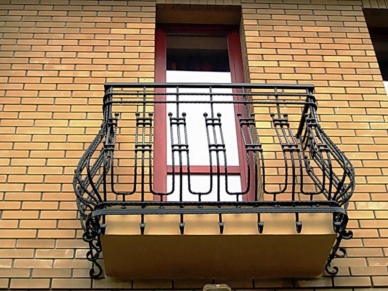 Кованые балконные ограждения N 4035