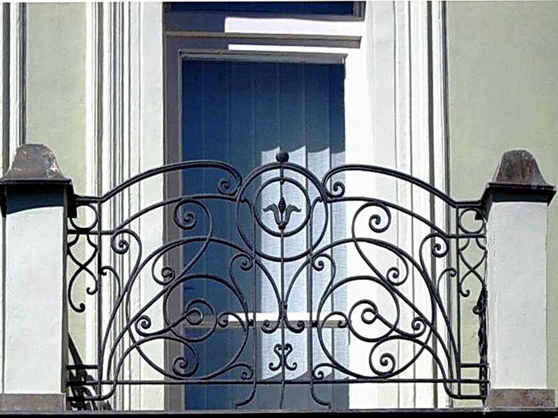 Кованые балконные ограждения N 4038