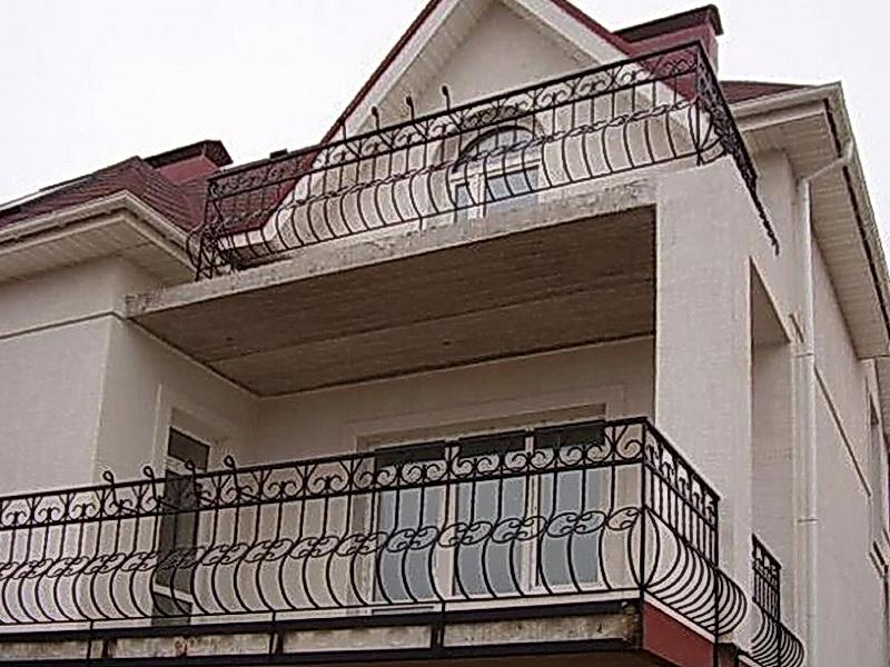 Кованые балконные ограждения N 4040