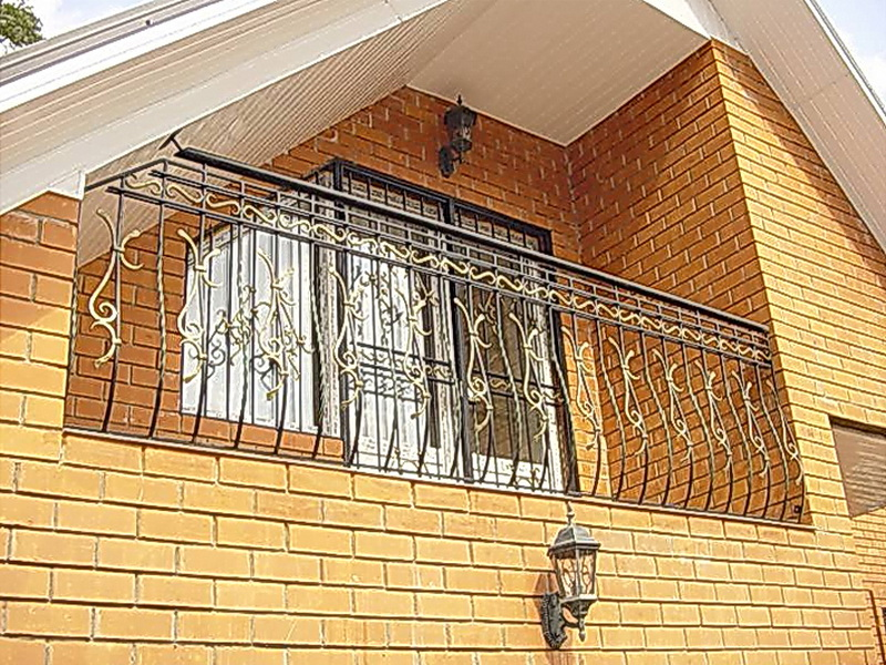 Кованые балконные ограждения N 4042