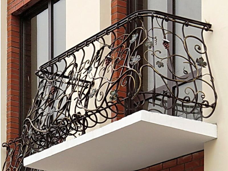 Кованые балконные ограждения N 4043