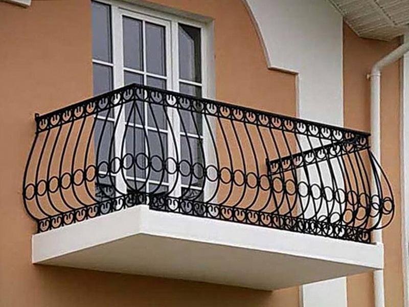 Кованые балконные ограждения N 4047