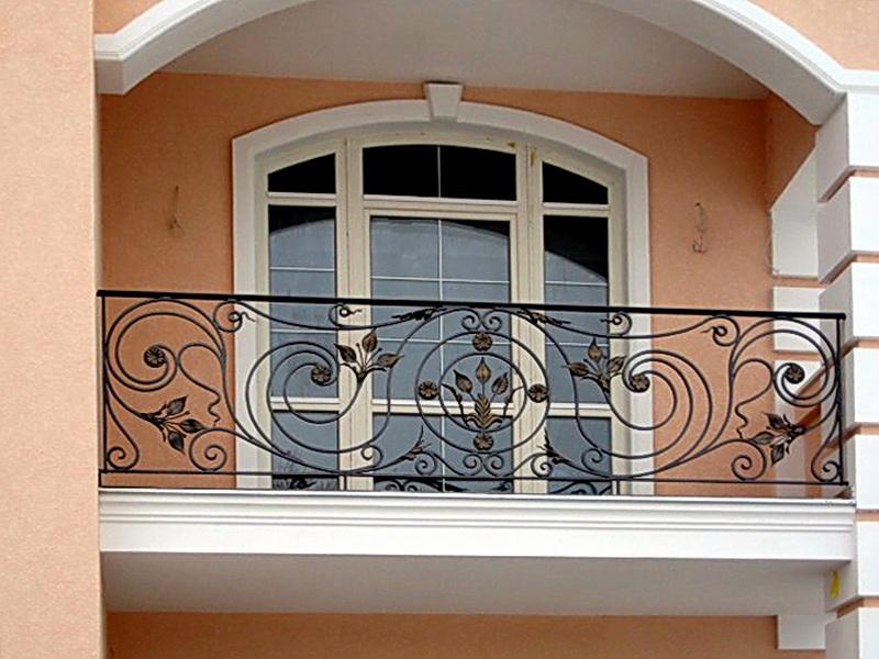 Кованые балконные ограждения N 4049
