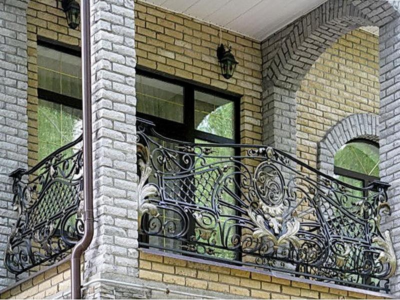 Кованые балконные ограждения N 4052