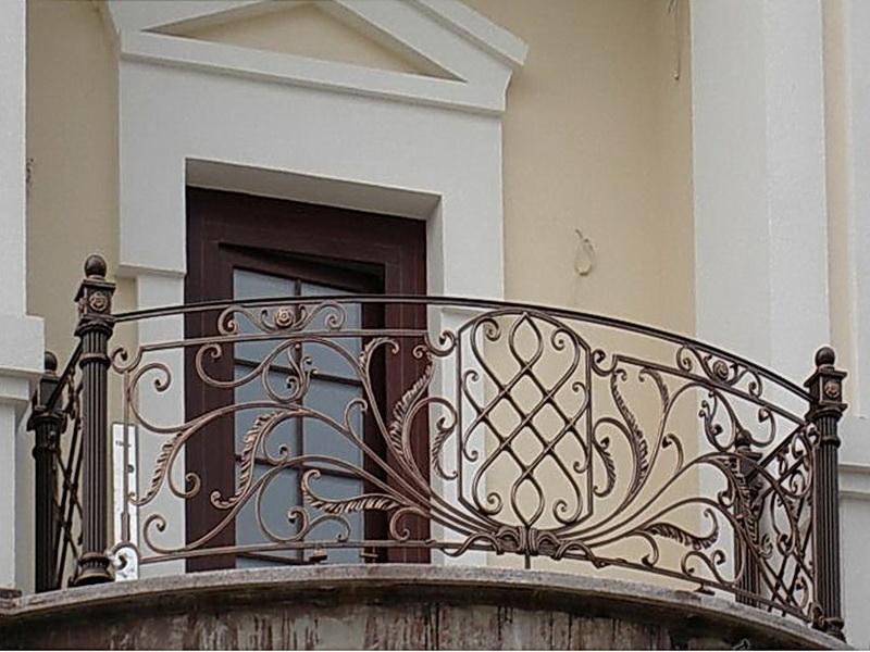 Кованые балконные ограждения N 4054