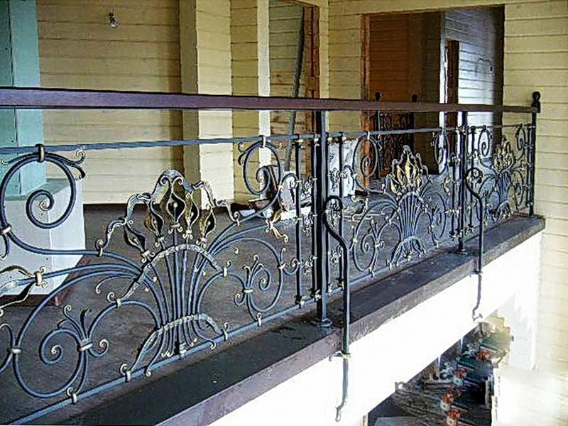Кованые балконные ограждения N 4055