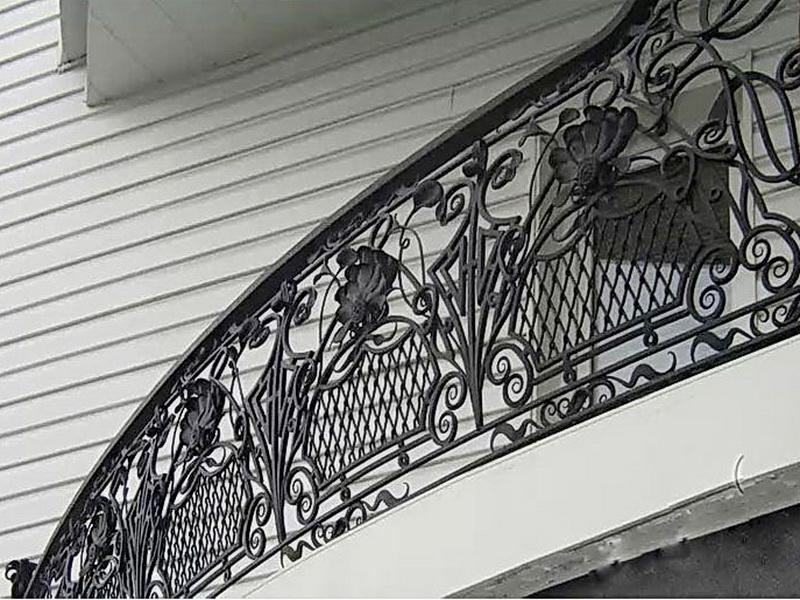 Кованые балконные ограждения N 4056