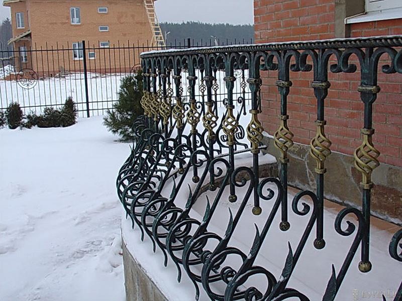Кованые балконные ограждения N 4059