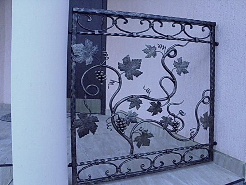 Кованые балконные ограждения N 4061