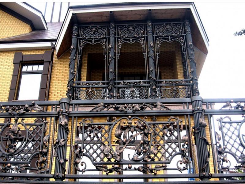 Кованые балконные ограждения N 4062