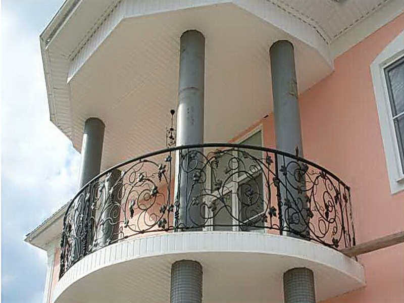 Кованые балконные ограждения N 4069